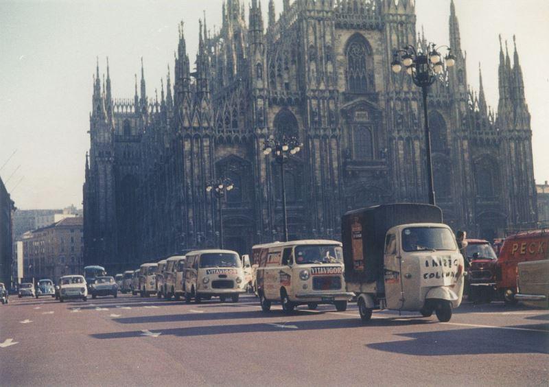 Furgoncini Duomo Anni '60